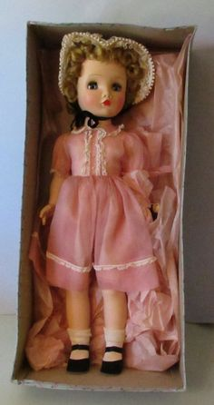 "LOVELY & MINTY MADAME ALEXANDER 24"" WINNIE WALKER WITH ORIGINAL BOX #Dolls"