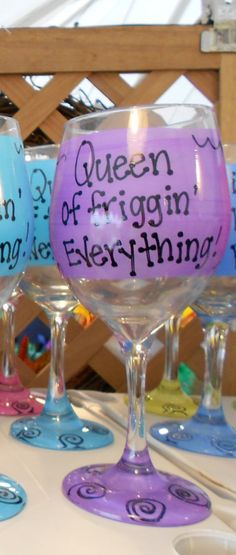 Queen of friggin' Everything Funny Wine or by FunnyWineGlasses Funny Wine Glasses, Everything Funny, Queen, Christmas Presents, Inspired, Tableware, Creative, Handmade Gifts, Projects