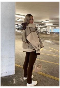 Winter Fashion Outfits, Fall Winter Outfits, Retro Outfits, Cute Casual Outfits, Stylish Outfits, Look Girl, Brown Outfit, Aesthetic Clothes, Streetwear Fashion