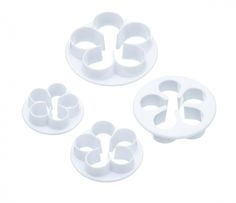 Sweetly Does It Set of 4 Rose Sugarcraft Fondant Icing Cutters for sale online Fondant Cookies, Fondant Icing, Cupcakes, Sugar Paste, Gum Paste, Edible Clay, Cupcake Decorating Tips, Cake Slicer, Motifs Roses