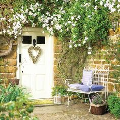 Pretty climbers are a great way of creating a country feel to your entrance. Try Honey suckle and jasmine for fragrance. Cottage Front Doors, Cottage Door, Cottage Exterior, Garden Cottage, Home And Garden, Up House, House Front, White Gardens, Atrium