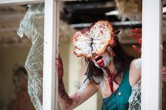 Terrifying Clickers Cosplay from 'The Last of Us'