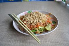 Typical vegetarien food in Thailand. Thailand, Vegan, Website, Ethnic Recipes, Food, Meal, Hoods, Eten, Meals