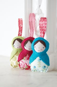 We can't stop loving this little Russian Doll decorations. The clever use of scrap fabrics and felt mean that these are sew easy!