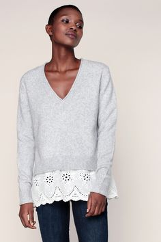 Pull gris et sous-pull chemise broderie anglaise Malone - Chloé Stora