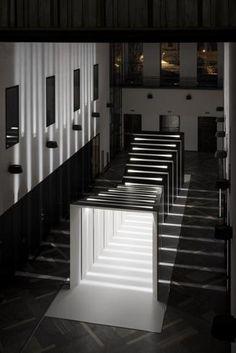 Il Fuorisalone 2013 di Interni alla Statale di Milano  SKIRA_IGUZZINI_LOMBARDI-VALLAURI