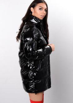 Raincoats For Women London Raincoats For Women, Jackets For Women, Nylons, Pink Raincoat, Lulu Fashion, Women's Fashion, Down Puffer Coat, Puffer Coats, Curves