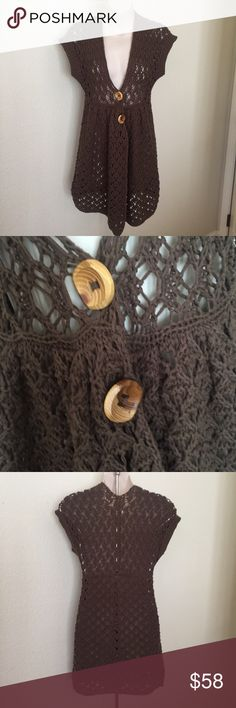 Free People Open Knit Chocolate sweater vest XS This is a perfect fall Free People open knit vest. It is chocolate brown color size Etta smal. Made of a cotton/polyester blend. Mint condition. No flaws. Wood buttons. Free People Jackets & Coats Vests