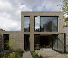 King's Grove / Duggan Morris Architects