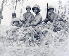 M165 - Marines in fox hole near front lines on Saipan, 1 July, 1944. Photo courtesy of NARA