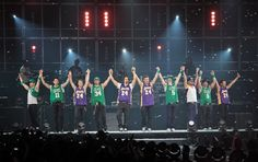 EPIC night with NKOTBSB in LA with special guest Kevin.    SO Glad I was there :) So good seeing kevvy with all the boys :)