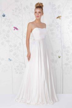 SADONI wedding dress LONDON A in vintage silk satin. Perfect with STONE belt.