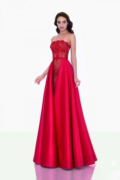 red silk dress long results - ImageSearch Affordable Evening Gowns, Evening Gowns On Sale, Backless Evening Gowns, Sexy Evening Dress, Strapless Dress Formal, Evening Dresses, Formal Gowns, Wedding Outfits For Women, Party Dresses For Women