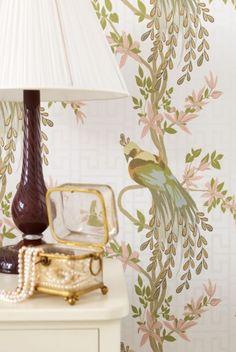 beautiful wallpaper -- Nina Campbell