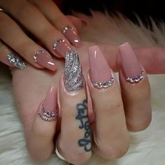 Cute nails design #allpowder design by @tonysnail