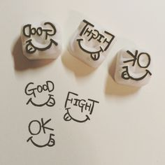 【GOOD×MOUTH】*消しゴムはんこ*スタンプ Crafts To Make, Arts And Crafts, Diy Crafts, Eraser Stamp, Stamp Carving, Fabric Stamping, World Crafts, Stamp Printing, Love Stamps