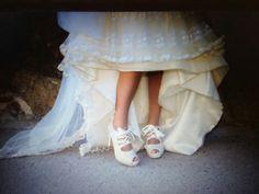 Mi foto favorita de Eva!  #luperamos #zapatospersonalizados #hechosamano #bridge www.luperamos.com luperamos@luperamos.com 677818278