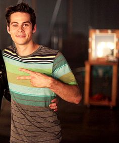 dylan o'brien on teen wolf set