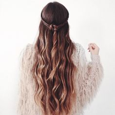Wondering how to beauty? Wondering how to beauty? Ombré Hair, Hair Day, Her Hair, Curly Hair, Messy Hairstyles, Pretty Hairstyles, Summer Hairstyles, Tips Belleza, Up Girl