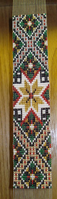 Bunad, Smykker, vev & rosemaling: Perler Peyote Stitch Patterns, Seed Bead Patterns, Beading Patterns, Card Weaving, Loom Weaving, Bead Loom Bracelets, Beaded Bracelet Patterns, Indian Beadwork, Bargello Quilts