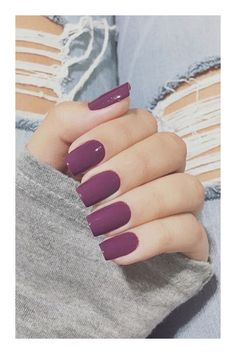Unless you live under a rock, you've heard of SNS nails. In this post, we answered every possible question you might have about getting SNS nails, and more. Sns Nails Colors, Fall Nail Colors, Nail Polish Colors, Red Nails, Nice Nail Colors, Fall Nail Ideas Gel, Winter Nails Colors 2019, Winter Colors, Glitter Nails