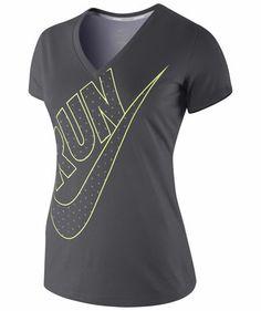 e7ddff6c25fd Damen Laufshirt Cruiser V-Neck Run Swoosh S S Tee  running  nike  shirt