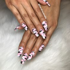 "546 Likes, 14 Comments - Johnny Tran (@hardrocknails) on Instagram: """" Pink Camouflage by #johnny_hardocknails "" #johnnythenailbuddha #nailart #vietnails #wearproud…"""