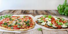 Pizzojen täytteissä kasvisvaihtoehdot ovat olleet jo kauan käytössä. Vaihtele täytteitä vuodenajan ja kaapista löytyvien raaka-aineiden mukaan.