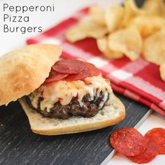 Pepperoni Pizza Burger Homemade Recipe - A delicious and easy homemade burger with toppings of pizza sauce, grated mozzarella cheese and sliced pepperoni. via @blackpeppercorn