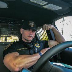 "Gay/Bi Cops — Wish I could worship those muscles and ""service"". Muscle Bear Men, Muscle Man, Men Tumblr, Muscle Hunks, Bicep Muscle, Hot Cops, Hunks Men, Men In Uniform, Cop Uniform"