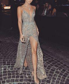 Sleeveless Deep V Neck Beading High slit Sexy Prom Dress Formal Dress Party Dress Evening Dress 2019 new fashion Elegant Dresses, Pretty Dresses, Dance Dresses, Prom Dresses, Wedding Dresses, Mode Ootd, Glamour, Beautiful Gowns, Gorgeous Dress
