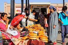 En guise d'invitation de voyage, voici quelques photos de notre périple en Ouzbékistan :  C'est par là : http://lechameaubleu.blogspot.fr/2015/09/louzbekistan-en-images.html  #voyage #ouzbekistan #travel #trip #uzbekistan #trave #voyage #backpacker #explore #discover #wander #wanderlust #centralasia #asia #asie #information #backpack #uzbek #ouzbek #postcard #baysun #vacances #holiday #summer #vacation #photo #photography #picture #boukhara #tashkent #samarkand #samarcande
