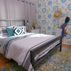 with the Parents Has Never Looked So Good This childhood bedroom is getting a major glow up.This childhood bedroom is getting a major glow up. Apartment Decorating Themes, Apartment Bedroom Decor, Bedroom Themes, Bedroom Wall, Bedroom Furniture, Girls Bedroom, Bedroom Ideas, 50s Bedroom, Summer Bedroom