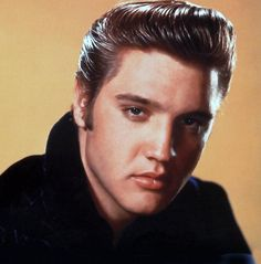 Elvis Aaron Presley (1935 - 1977) - Find A Grave Photos