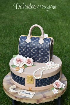 Louis Vuitton cake by Dolcidea creazioni Shared by Career Path Design Crazy Cakes, Fancy Cakes, Cute Cakes, Pretty Cakes, Beautiful Cakes, Amazing Cakes, Unique Cakes, Creative Cakes, Fondant Cakes