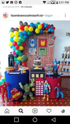 Let's party! The best birthday party and themed party decorations. Hulk Birthday Parties, Superman Birthday, Avengers Birthday, Birthday Table, Superhero Birthday Party, 5th Birthday, Avenger Party, Spider Man Party, Avengers Party Decorations