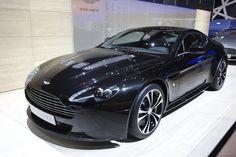 Aston Martin Vantage Carbon Black Edition Picture of 3 Aston Martin V12 Vantage, Aston Martin Vanquish, My Dream Car, Dream Cars, Supercars, Geneva Motor Show, Carbon Black, Black Edition, Koenigsegg