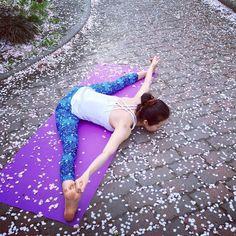 Open and free. Upavistha Konasana. Photo taken by @dharmabumsactive on Instagram. Pinned by yogapad.com.au