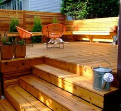 love the fence and the seating (maybe for firepit area)
