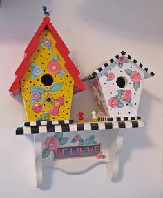 ME Birdhouses by Cherry Chick Jewelry, via Flickr Bird Houses Painted, Decorative Bird Houses, Painted Birdhouses, Mary Engelbreit, Craft Projects, Projects To Try, Bird House Feeder, Birdhouse Designs, Bird Boxes