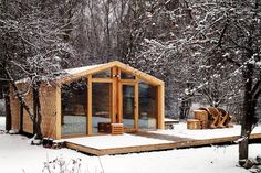 "A tiny house from Russia, DublDom (""double house"") is a modular dwelling designed by BIO Architects Log Cabin Floor Plans, House Plans, Double House, Garden Studio, Bungalow, Tiny House, Sweet Home, New Homes, Cottage"