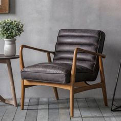 GALLERY  BLACK DATSUN ARMCHAIR ANTIQUE