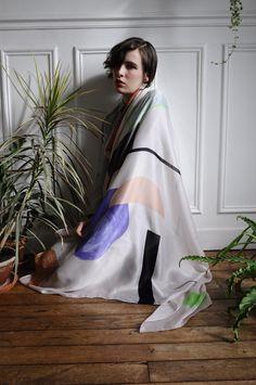 Luna Maria Cedron with Calder scarf, photography by Maxime Ballesteros