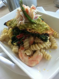 GDR Lunch Special! Shrimp and pancetta fusilli pasta with a roasted asparagus& leek mornay, sautéed spinach and sundried tomatoes topped with a snow crab crostini!