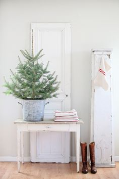 Dreamy Whites: French Farmhouse Christmas Items in the Shop, Wintersteen Farms Wreaths, and a Container Sale Small Christmas Trees, Merry Little Christmas, Noel Christmas, Christmas Items, Christmas Is Coming, All Things Christmas, White Christmas, Simple Christmas Decorations, Minimalist Christmas Tree
