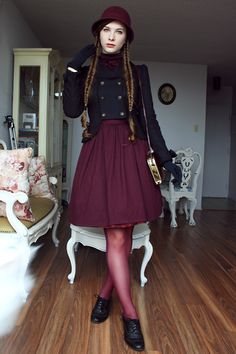 Outfit from last week, when fall arrived abruptly (the white spot in the foreground is Madame Bissonnette photobombing me)