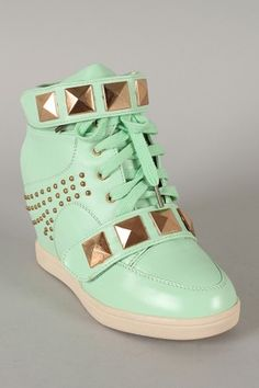 ae6e128ad30 Bumper Nicholas-02 Pyramid Studded Lace Up Wedge Sneaker