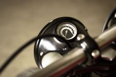 Tiny Motogadget speedometer for Triumph by BAAK.