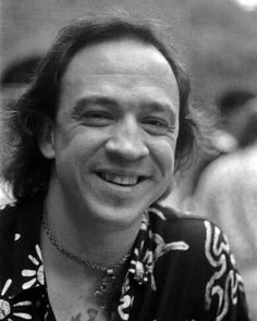 Stevie Ray Vaughn: a rare pic without a hat