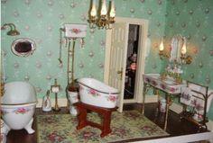 Miniature Victorian Bathroom (Porcelain)